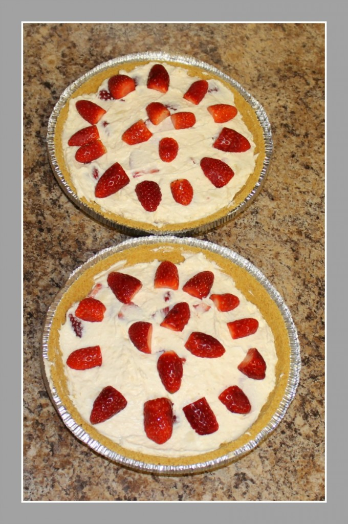 Strawberry Banana Cheesecake No Bake Recipe