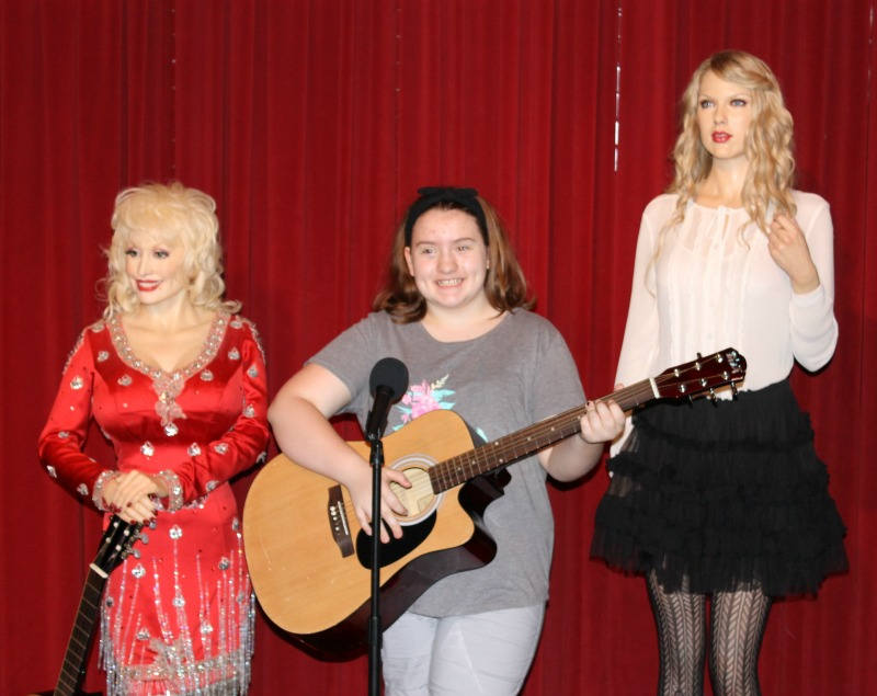Country Music Style Hollywood Wax Museum Pigeon Forge