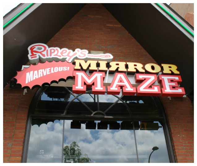Ripley's Mirror Maze in Gatlinburg