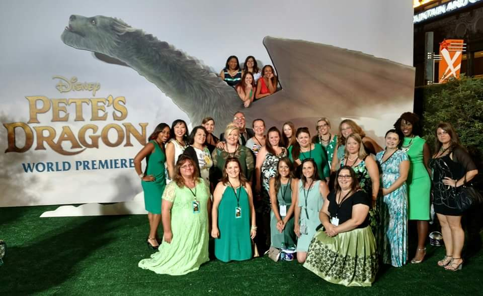 Petes Dragon Movie Premiere Group Picture