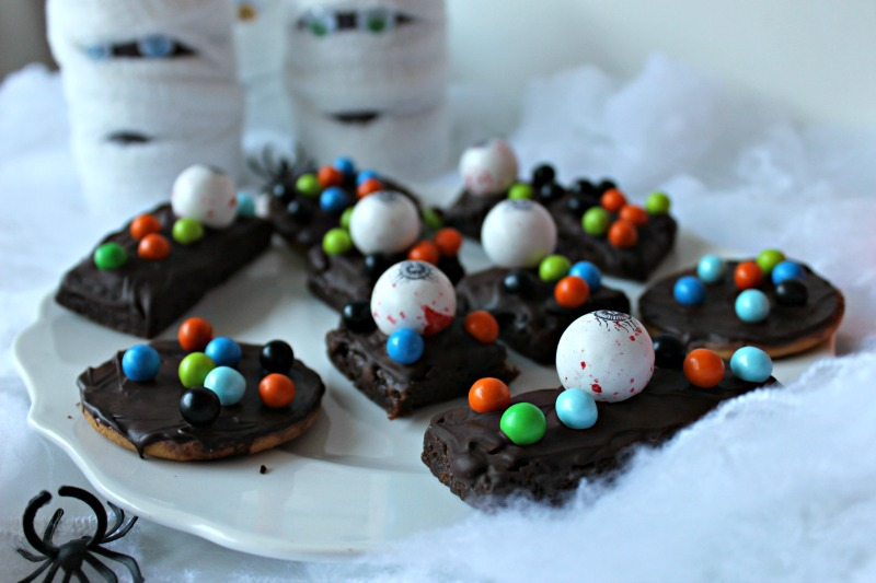 spooky-monster-brownies-and-cookies