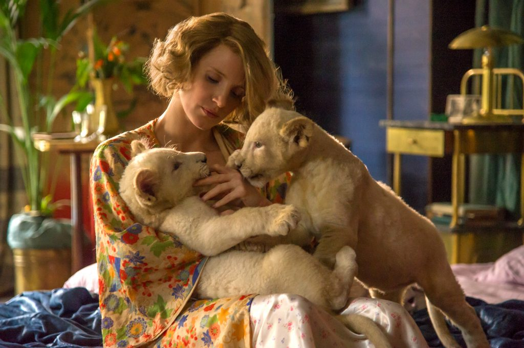 4101_D009_03963_R Jessica Chastain stars as Antonina Zabinski in director Niki Caro's THE ZOOKEEPER'S WIFE, a Focus Features release. Credit: Anne Marie Fox / Focus Features