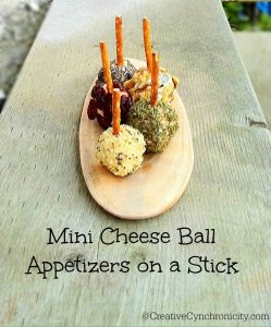 Mini Cheese Ball Appetizers – #12Daysof Christmas