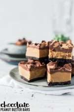 No Bake Chocolate Peanut Butter Bars – 30 Days of #ChristmasSweets