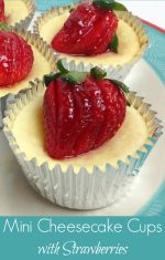 Mini Cheesecake Cups with Strawberries – 30 Days of #ChristmasSweets