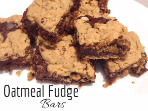 Oatmeal Fudge Bars – 30 Days of #ChristmasSweets