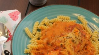 Easy Slow Cooker Italian Chicken with Pasta